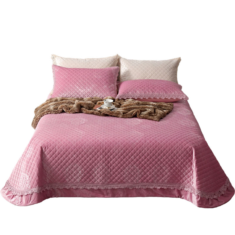 jaquard dutch fur comforter set