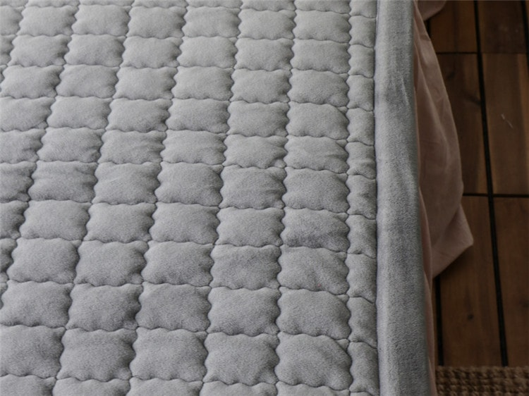 velvet quilted bedspread covers